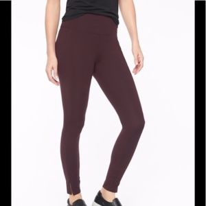 Athleta Mercer Tights size SP Auberge